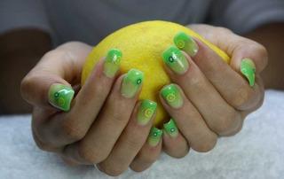 Polo Alto nail polish lemon
